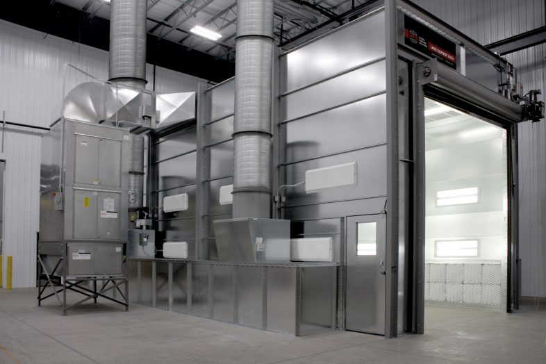 A GFS Side Downdraft Pressurized Large Equipment Paint Room